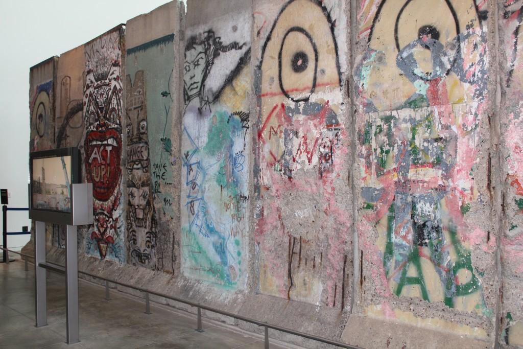 Pieces of the Berlin Wall at Newseum.