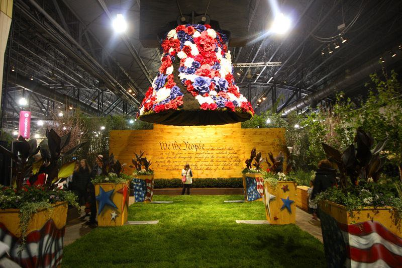 Floral replica of the Philadelphia Liberty Bell at the 2016 Philadelphia Flower Show.