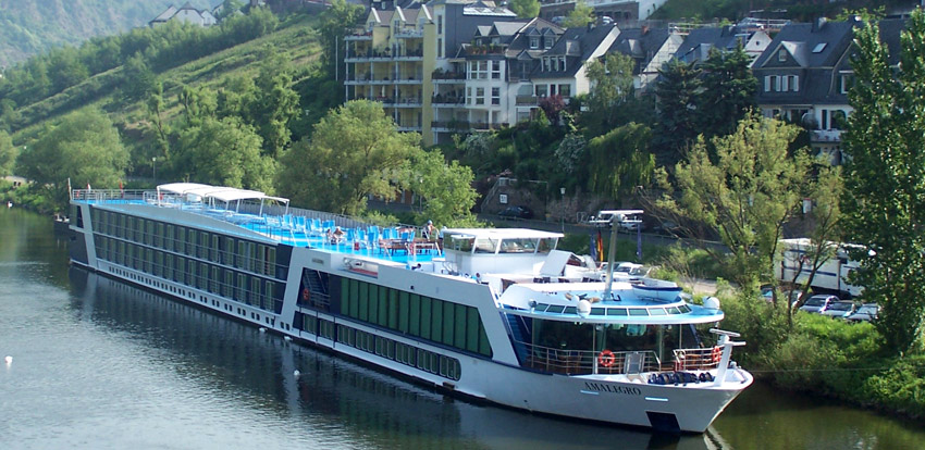 "My Paris Trip, ""'S Marvelous."" Ama Waterways Alma Legro River Cruise Ship."