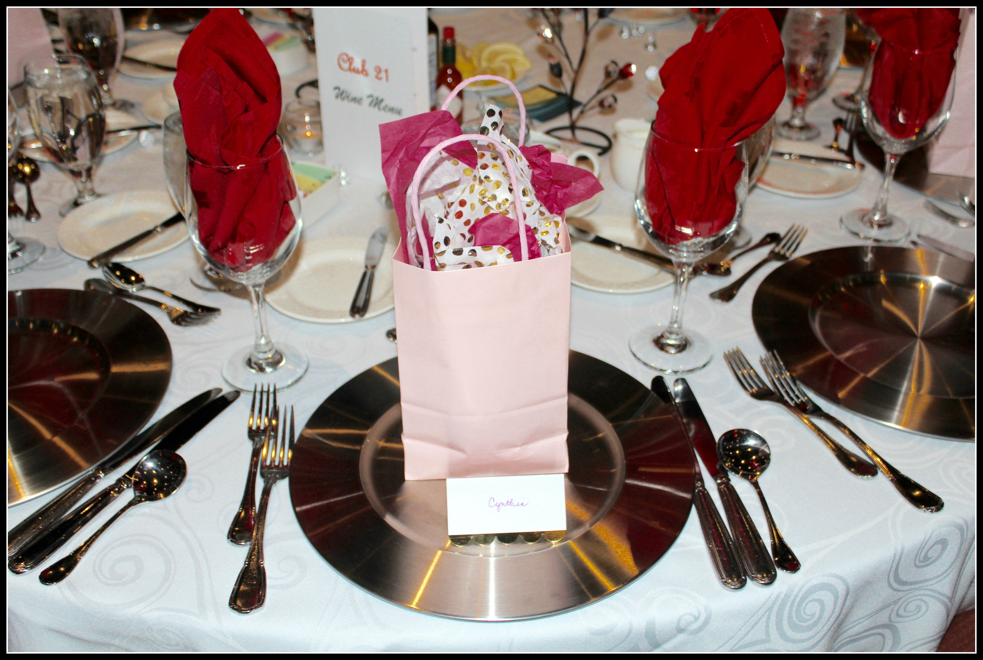 DInner Setting; Tablescape; 2017 Club 21 Dinner Dance